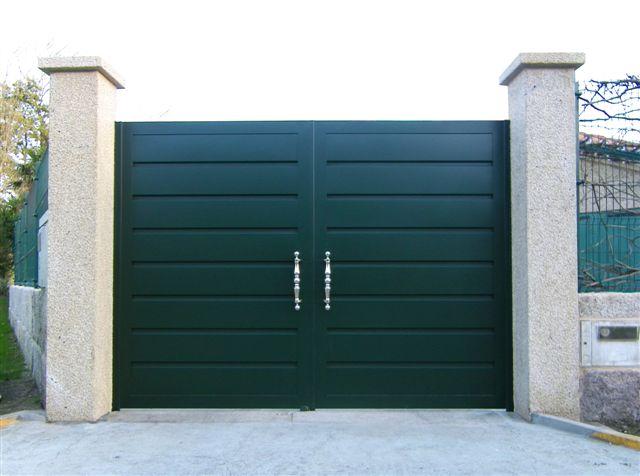 Puerta abatibles de aluminio for Puertas jardin aluminio