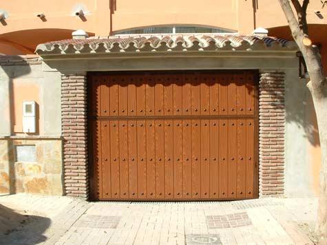 Puerta-Basculante-Acero1
