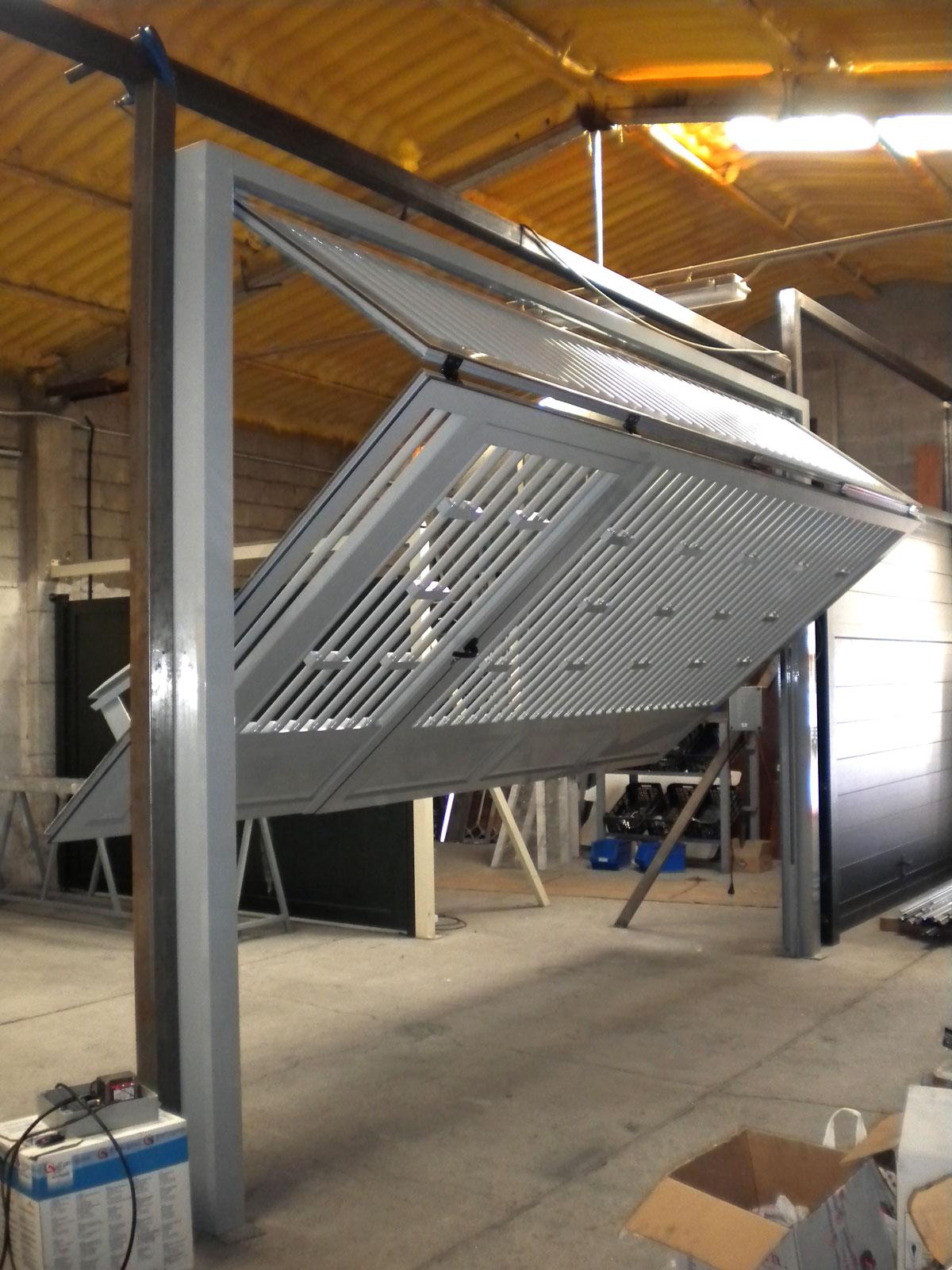 Puertas de garaje malaga ideas de disenos for Puertas metalicas malaga