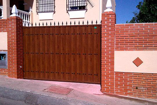 Puertas correderas puertas enrollables m laga for Puertas correderas malaga