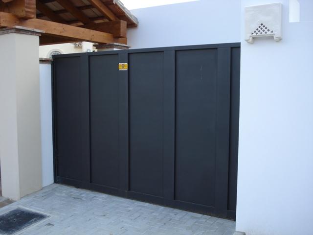 Puertas correderas en m laga talleresdelpaso for Puertas correderas malaga