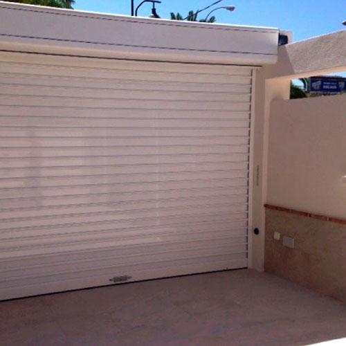 puerta Enrollable de aluminio con cajon