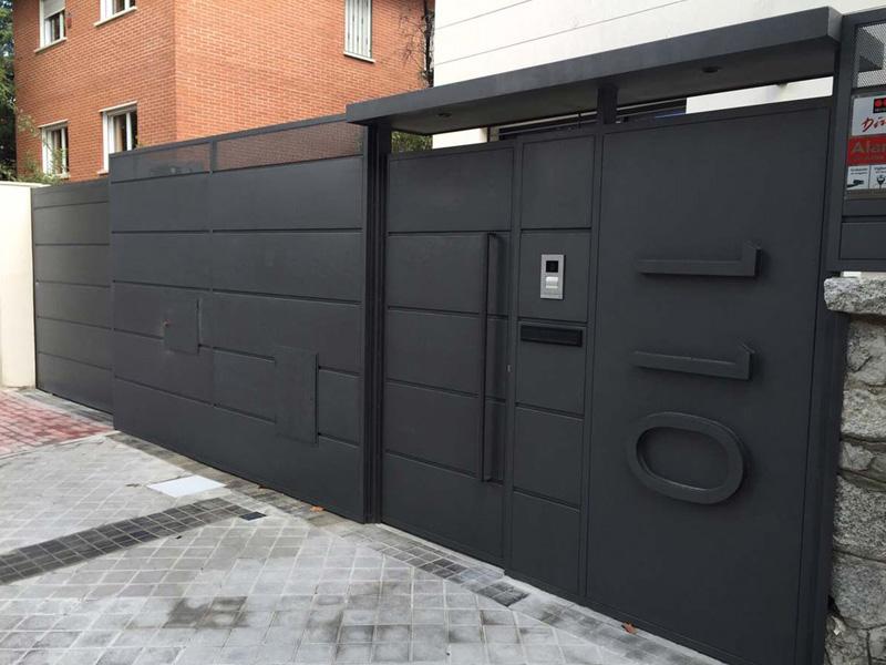 Puertas de garaje automáticas a los mejores precios en Málaga