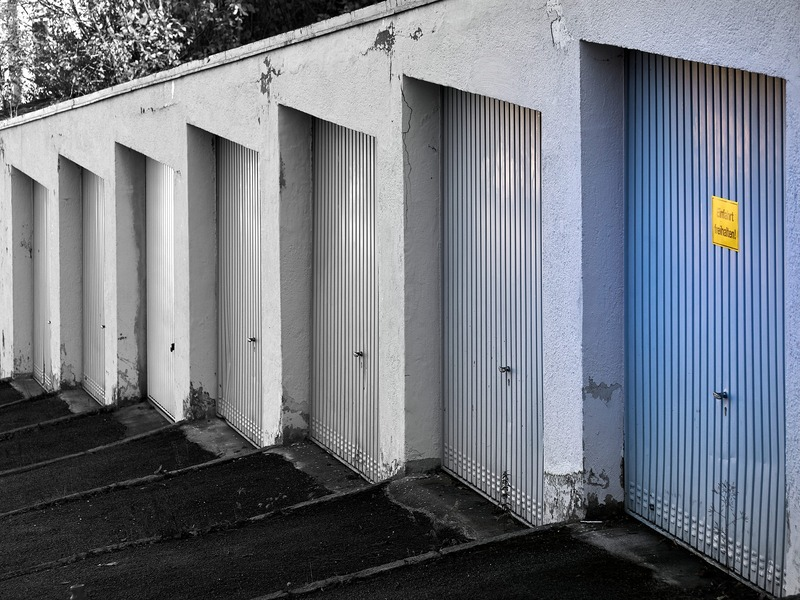 mantenimiento en las puertas de garaje
